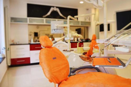 cabinet-stomatologic-rosetti-dent-cabinet-etaj-scaun-closeup2